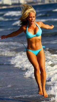 Kendra Wilkinson - Celeb fitness inspo!