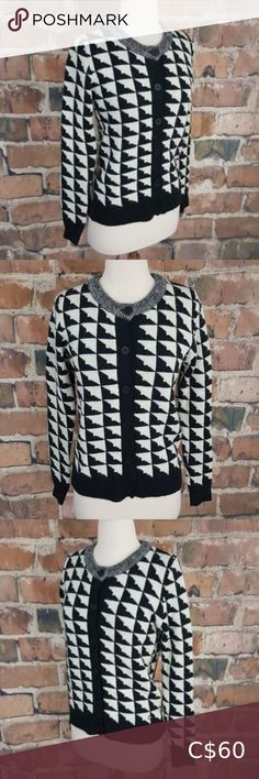 """Numph Black White Knit Cardigan Sweater S Buttons Gorgeous button front knit cardigan in a triangle pattern from Numph (Anthropologie) SIZE: S Bust: 34"""" Shoulders: 13"""" across Sleeves: 25"""" Length: 24"""" 80% acrylic, 20% nylon very good used condition - no stains or rips/pulls - smoke free NUMPH Anthropologie Geometric Button Front Cardigan Sweater Black White Anthropologie Sweaters Cardigans Sequin Cardigan, Long Knit Cardigan, Cropped Cardigan, Wrap Sweater, Sweater Cardigan, Black Sweaters, Sweaters For Women, Blue Jumpsuits, Plus Fashion"""