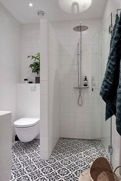 Amazing Small Bathroom Remodel Ideas Decoration Craft Gallery Ideas] Related posts:Vinyl plank flooring that's waterproof. Lays right on top of your existing beautiful farmhouse bathroom remodel ideas - Design Tips for a Modern Bathroom Makeover . Bathroom Design Small, Bathroom Interior Design, Bathroom Designs, Diy Bathroom Remodel, Bathroom Ideas, Bathroom Remodeling, Bathroom Storage, Bathroom Cabinets, Shower Ideas