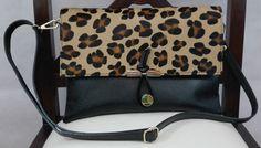 Precioso bolso negro con tigre en piel italiana