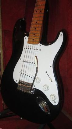 1984 Fender® American Vintage Re-Issue Stratocaster®