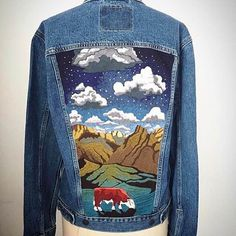 Get Your Midland On With These Embroidered Jackets - Jeans Jacket - Ideas of Jeans Jacket - Get Your Midland On With These Embroidered Jackets COWGIRL Magazine Painted Denim Jacket, Painted Jeans, Painted Clothes, Embroidered Leather Jacket, Jean Jacket Outfits, Denim Art, Denim Ideas, Spring Outfits Women, Jackett