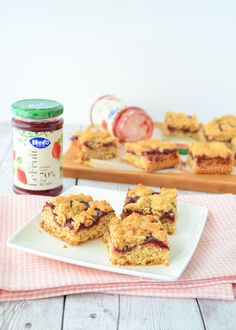 strawberry oatmeal bars - aardbeien havermout koekrepen - Laura's Bakery