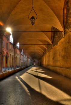 Alba su i Portici Via San Vitale - Bologna by Guillaume Leray on 500px