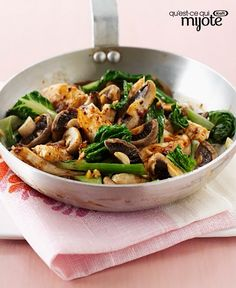 Stir-fry recipes are the perfect weeknight dinner option because they come together in a flash. Chock-full of vegetables, this chicken stir-fry recipe is sure to satisfy. Chicken Stir Fry, Fried Chicken, Easy Weeknight Dinners, Healthy Dinners, Bok Choy Recipes, Winner Winner Chicken Dinner, Cooking Recipes, What's Cooking, Chicken Recipes