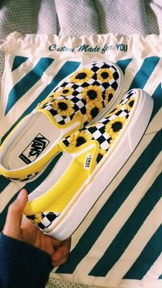 Vans do not just produce shoes exclusively for skaters anymore. The first Vans shoes every designed for skaters but with time as the company became popular worldwide… Vans Customisées, Vans Sneakers, Work Sneakers, Wedge Sneakers, Adidas Shoes, Tennis Shoe Heels, Tennis Shoes Outfit, Shoes Sandals, Aldo Shoes
