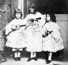 Alice Pleasance Liddell and her sisters Lorina and Edith Liddell -photograph by Charles Lutwidge Dodgson