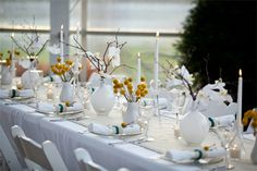 Home-Dzine - Creating a beautiful tablescape design