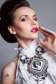 Soutache by Yulia Logvinova.  #necklace #woman #fashion #gift #soutache #beads  #designer jewelery  #jewelery  #jewelry  #jullery  #yulia  #logvinova