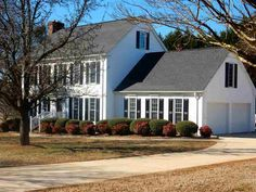 110 Wilson Place Ct., Piedmont SC 29673 - Great home that has been completely remodeled, kitchen is gorgeous with granite counters and gorgeous backsplash. Soothing paint colors throughout, great back yard and so much more.