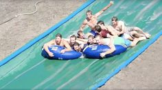 Brilliant farmers beat the heat by building a giant water slide - http://www.baindaily.com/?p=354099