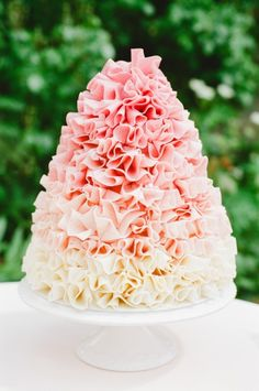 Ombre ruffle cake   Claire Graham Photography    see more on: http://burnettsboards.com/2015/04/coral-peach-wedding-editorial/