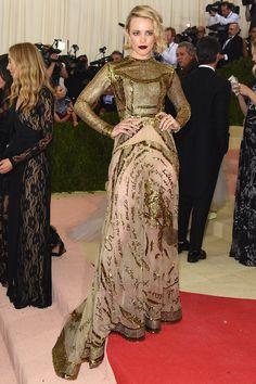 2016 Met Gala Best Dressed Celebrities....Rachel McAdams in Valentino