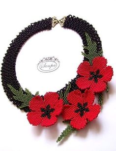 Poppy necklace by Szupa Beaded Jewelry Patterns, Fabric Jewelry, Beading Patterns, Seed Bead Flowers, Beaded Flowers, Bead Jewellery, Seed Bead Jewelry, Beaded Embroidery, Embroidery Bracelets
