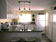 mobile home kitchen by mastercabinetmaker, via Flickr
