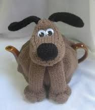 Knitting pattern for Dog Tea Cosy Teapot Cozy by Rian Anderson. Reminds me of Gromit! On Etsy (affiliate link) Knitting Patterns For Dogs, Tea Cosy Knitting Pattern, Tea Cosy Pattern, Knitting Projects, Baby Knitting, Crochet Projects, Finger Knitting, Scarf Patterns, Knitting Tutorials