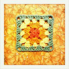 Ravelry: adaiha's 112::365 granny flower