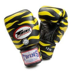 TWINS SPECIAL TIGER BOXING GLOVES BLACK YELLOW COLOR PREMIUM LEATHER W/ VELCRO 16 OZ.