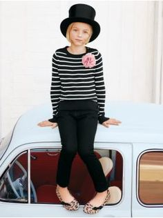 So obviously this is a kid, but I really love the outfit. It's not fair Gap!