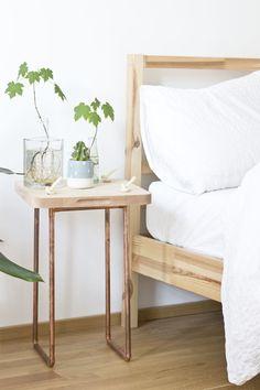 https://i.pinimg.com/236x/4f/b4/c1/4fb4c1095acbda1cf76a5b6fc47dbc6b--bedroom-interior-design-bedroom-interiors.jpg