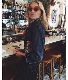 Elsa Hosk dans un bistrot à New York