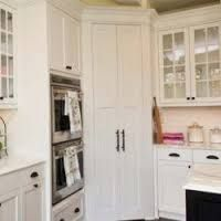 Image result for u shaped kitchen with corner pantry Corner Pantry Cabinet, Corner Kitchen Pantry, Kitchen Pantry Cabinets, Corner Cabinets, Pantry Storage, Wall Pantry, Pantry Organization, Storage Containers, Organizing
