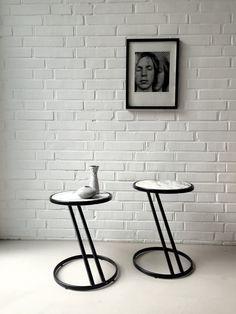 Vintage Marmortische, Beistelltisch Midcentury, Nachttische Marmor, Paar von Tischen, kleiner Tisch, Vintageinterior, Space Age von moovi auf Etsy