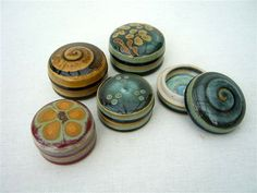 Ceramics by John Calver at Studiopottery.co.uk - 2010. Small boxes, 5cms diameter.