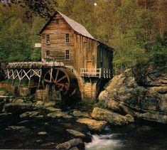 Google Image Result for http://www.fiddlersgreen.net/buildings/watermill/IMAGES/mill-photo.jpg