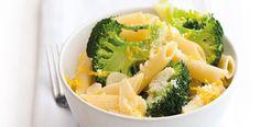Méně těstovin, brokolici 3 minuty povařit, přidat 2 dcl smetany na šlehání
