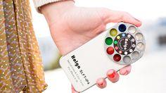 Si le Holga est connu pour son minimalisme, il en va de même pour les effets obtenus grâce à ses filtres physiques et en plus il sert de coque de téléphone. http://lecollectif.orange.fr/media/say_cheeeeese/#.UkL8aH8rdjk