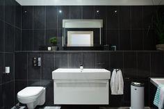 METRY KWADRAT Toilet, Sink, Bathtub, Bathroom, Home Decor, Sink Tops, Standing Bath, Washroom, Flush Toilet