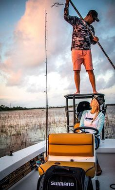 Skiff Reveal: A Bohemian in the Lowcountry Skinny Water, Center Console Boats, Fishing Tips, Fly Fishing, Red Fish, Low Country, Saltwater Fishing, Great Videos, Flats Boats