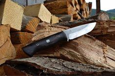 Knife with subfosil oak