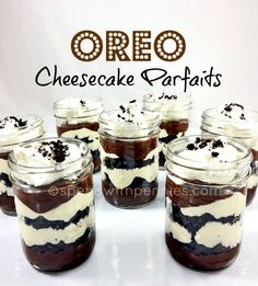 No Bake Oreo Cheesecake Parfaits. Pin it! I love desserts with Oreo… I especially love no bake desserts. So this was a perfect dessert for me! Make Ahead Desserts, No Bake Desserts, Delicious Desserts, Dessert Recipes, Yummy Food, Parfait Recipes, Parfait Desserts, Cup Desserts, Mason Jar Desserts