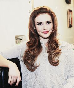 Holland Roden is taking a stand for the girls of Teen Wolf. Teen Wolf, Most Beautiful Women, Beautiful People, Lydia Martin, All Things Beauty, Girl Crushes, Woman Crush, Pretty Hairstyles, Pretty People