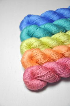 Drug induced happiness  Gradient of Silk/Cashmere Lace Yarn