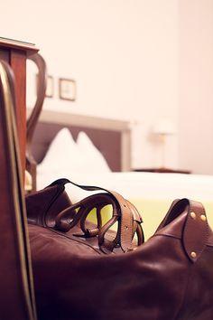 Hotelzimmer für Businessreisende im Parkhotel Graz Bags, Fashion, Hotel Bedrooms, Graz, Handbags, Moda, La Mode, Dime Bags, Fasion