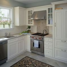 Traditional Kitchen Photos Small Kitchens Design, Pictures, Remodel, Decor and Ideas - page 2