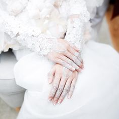 Post Wedding, Diy Wedding, Dream Wedding, Wedding Day, Wedding White, Bridal Henna, Indian Bridal, Henna Ink, White Henna