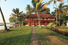 CGH Earth - Coconut Holiday Super saver Package Ex. Cochin / Kerala
