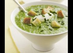 broccoli & spring onion soup + cheap and healthy recipies (Healthy Recipes On A Budget) Healthy Eating Recipes, Healthy Soup, Healthy Foods, Healthy Eats, Recipies Healthy, Vegetarian Recipes, Cooking Recipes, Spring Onion Soup, Metabolism Boosting Foods
