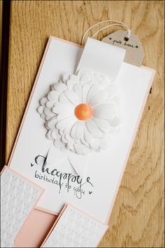 Stephanie Berger (Be more cretive) Crafting ideas from Sizzix UK: 2 in 1 - birthday card and envelope