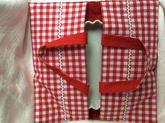 Sac à tarte en coton vichy rouge et blanc 39x39cm matelassé : Autres sacs par pascaline-creations