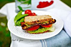 Tinned Tomatoes: The Ultimate Sandwich Guide - 50 Mouthwatering Veggie & Vegan Lunches