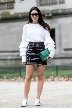 603648d2e0799 50+ Ridiculously Cool Fall Outfit Ideas From Paris Fashion Week SS 2017