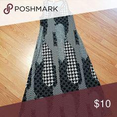 Daniela Maxi Dress Hounds tooth Size XL Maxi Dress! very cute! Dresses Maxi