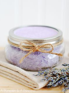 DIY Homemade Bath Salts.