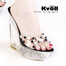 T24521 Kvoll Skull Rivet Transparent Platform Wedge Slipper Black [T24521] - $26.25 : China,Korean,Japan Fashion clothing wholesale and Dropship online-Be the most beautiful Lady