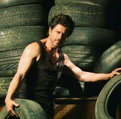 Shahrukh Khan 🖤 Your's Forever. Bollywood Theme, Bollywood Actors, Chak De India, Abram Khan, Shahrukh Khan And Kajol, Richest Actors, Srk Movies, Romance Movies, Beautiful Wife